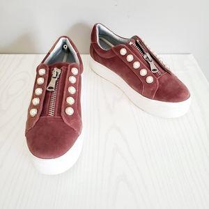 Steve Madden Lynn sneakers NWOB